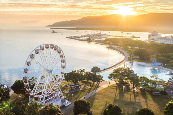 The Reef Eye - Ferris Wheel Cairns banner sunset-2